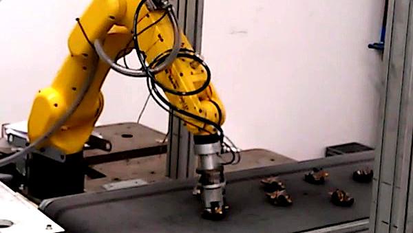 Roboterführung zur Erfassung von Werkstücken